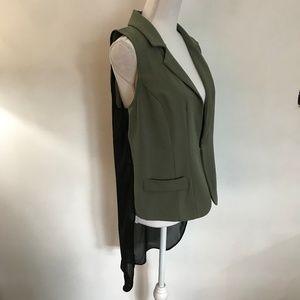 EUC GUESS Vest